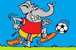 Слон – футболист